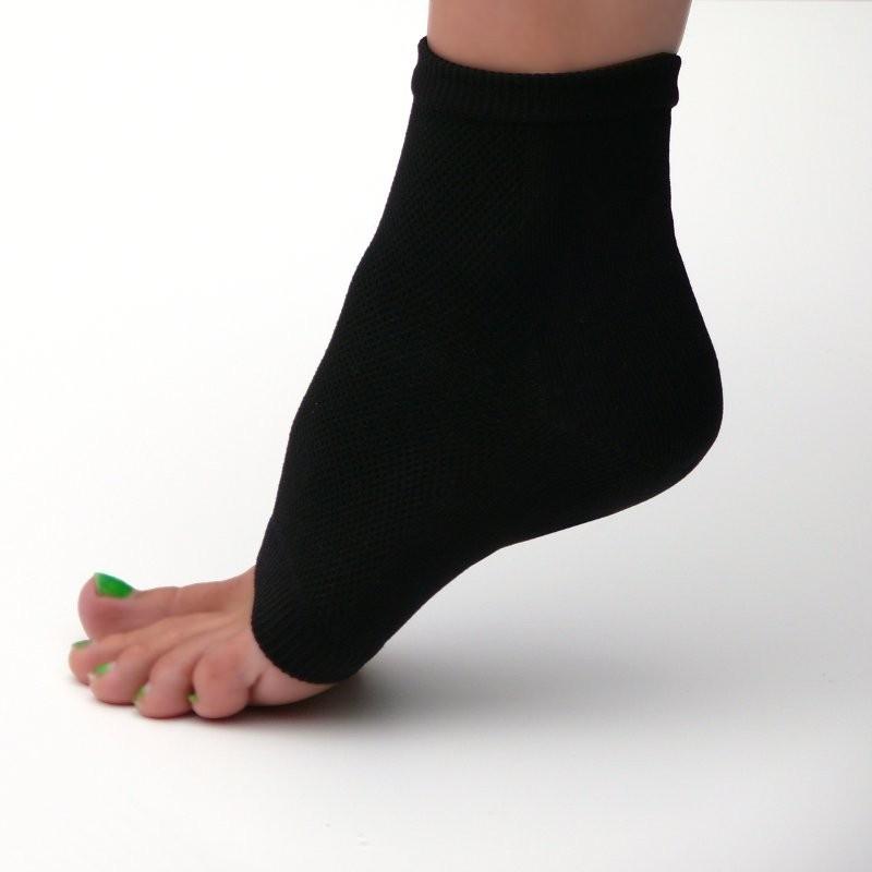 NOTTE - noční hydratační ponožky s NANO gelem. 76c3cb812f